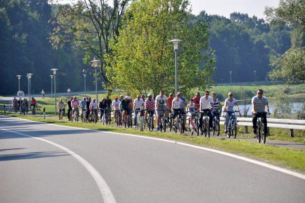 Biciklom do spomenika